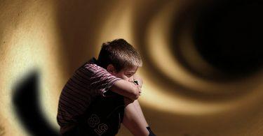 الخوف من الظلام عن الأطفال ازاي تساعدهم