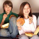 إيه الأكل الصحي المناسب لمرحلة المراهقة؟