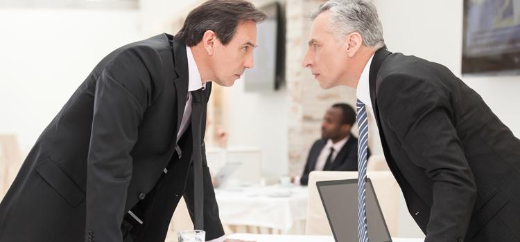 تعمل ايه لو بتكره شغلك سواء اخترت تكمل أو تسيبه