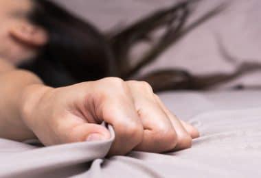الأحلام الجنسية ليه بنحلم بيها وإزاي نمنعها؟